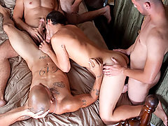 Gay Bareback Michael, Dorian, Leo, Miguel & Diego daddy gay movies