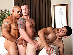Gay Bareback Justin Jameson, Juan Steel & Miguel Temon daddy gay movies