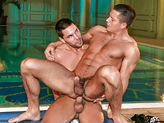 Aficionado bodyguard Julian joins Glen in the jacuzzi for some fun